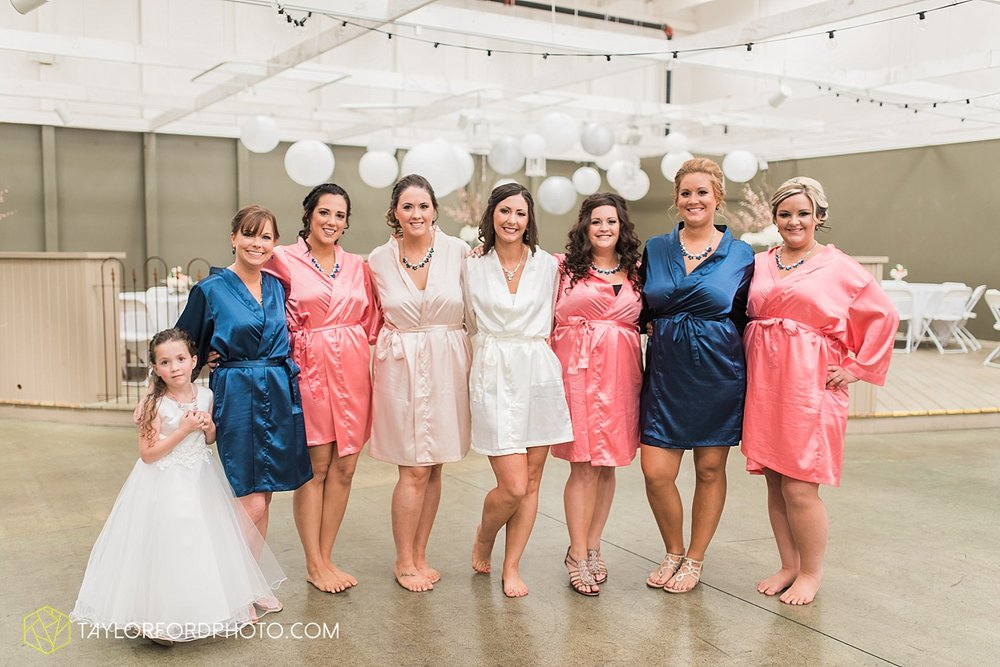 fort_wayne_indiana_wedding_photographer_taylor_ford_dupont_downs_0448.jpg
