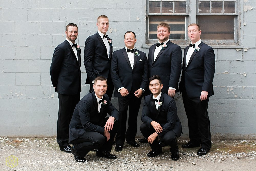 fort_wayne_indiana_wedding_photographer_taylor_ford_dupont_downs_0464.jpg