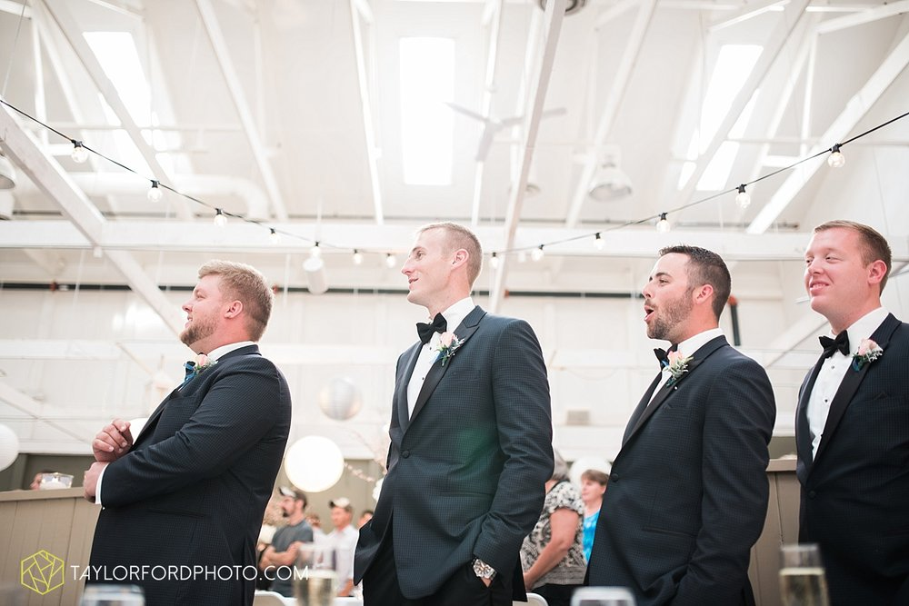 fort_wayne_indiana_wedding_photographer_taylor_ford_dupont_downs_0538.jpg