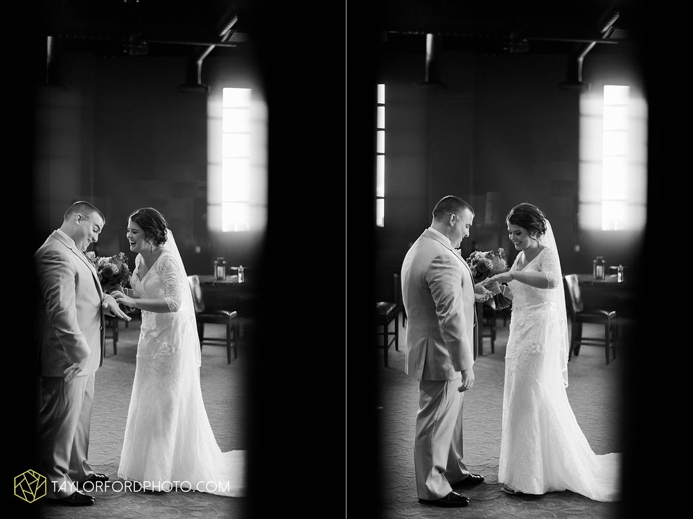 van_wert_ohio_fort_wayne_indiana_wedding_photographer_taylor_ford_cerutis_catering_2824.jpg
