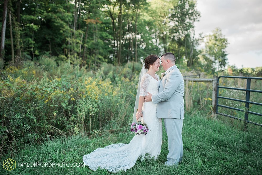 van_wert_ohio_fort_wayne_indiana_wedding_photographer_taylor_ford_cerutis_catering_2829.jpg