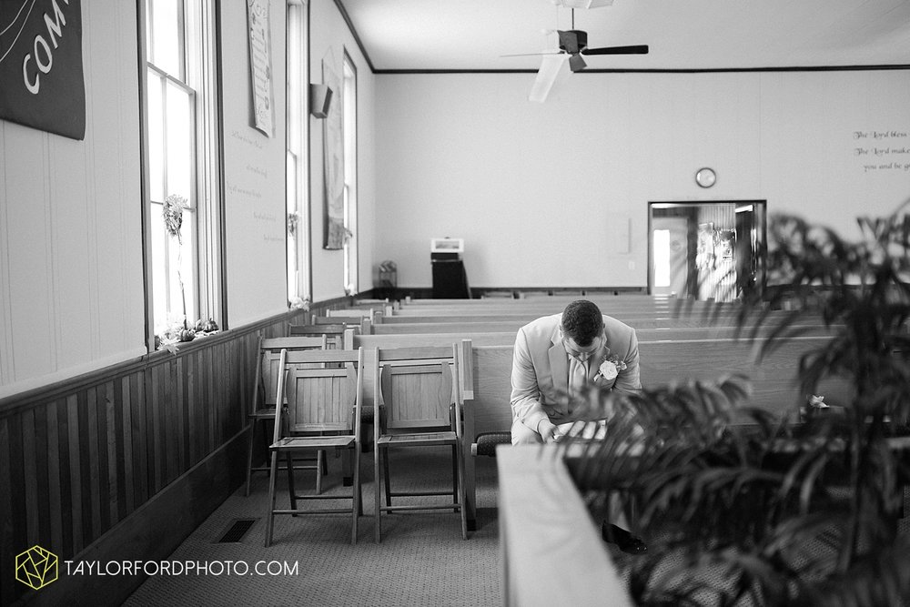 van_wert_ohio_fort_wayne_warsaw_indiana_wedding_photographer_taylor_ford_silver_lake_2884.jpg