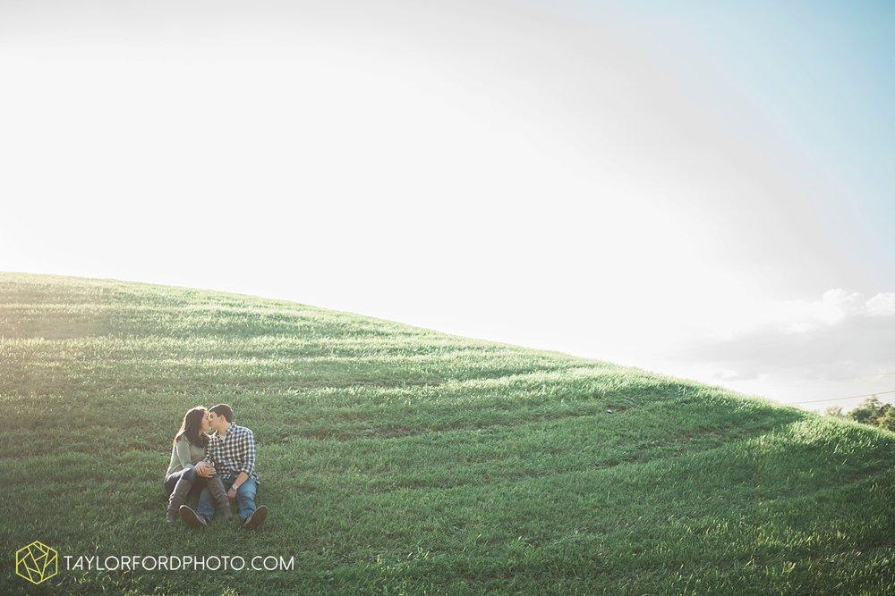 van_wert_ohio_wedding_photographer_taylor_ford_cincinatti_engagement_2960.jpg