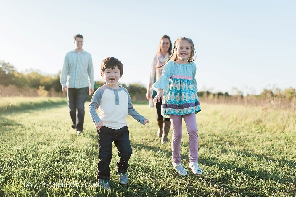 van_wert_ohio_fort_wayne_indiana_family_photographer_taylor_ford_3049.jpg