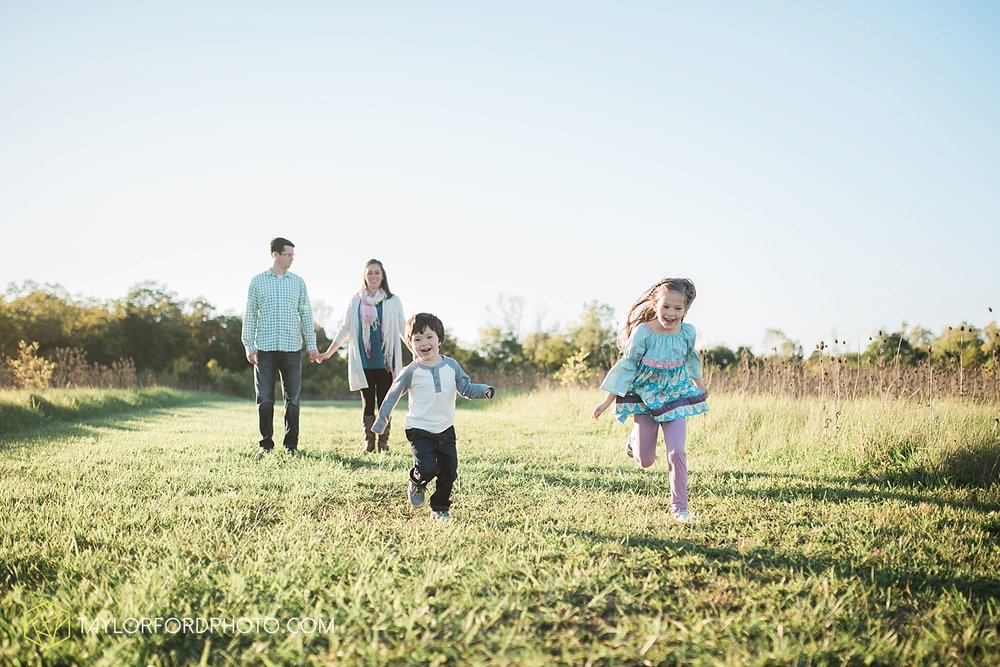 van_wert_ohio_fort_wayne_indiana_family_photographer_taylor_ford_3050.jpg