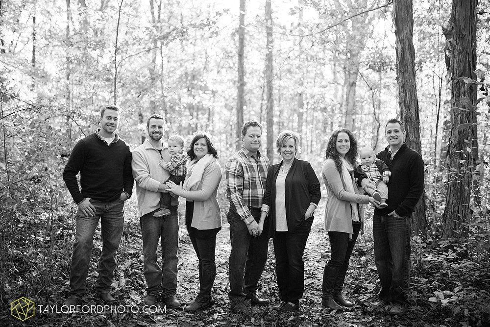 fort_wayne_indiana_van_wert_columbus_ohio_nashville_tennessee_syracuse_indiana_lake_wawasee_photographer_taylor_ford_family_0816.jpg