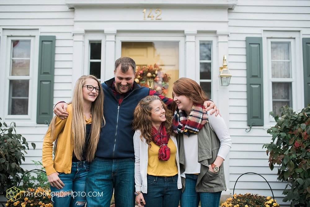 van_wert_ohio_fort_wayne_indiana_family_photographer_taylor_ford_3528.jpg