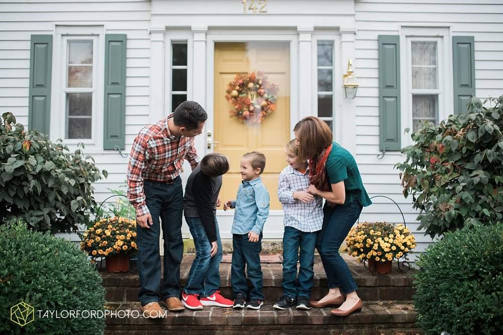 van_wert_ohio_fort_wayne_indiana_family_photographer_taylor_ford_3532.jpg