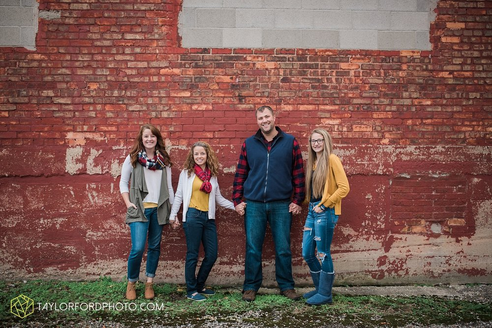 van_wert_ohio_fort_wayne_indiana_family_photographer_taylor_ford_3547.jpg