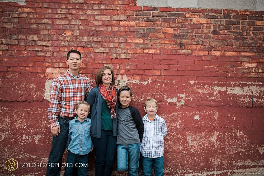van_wert_ohio_fort_wayne_indiana_family_photographer_taylor_ford_3551.jpg