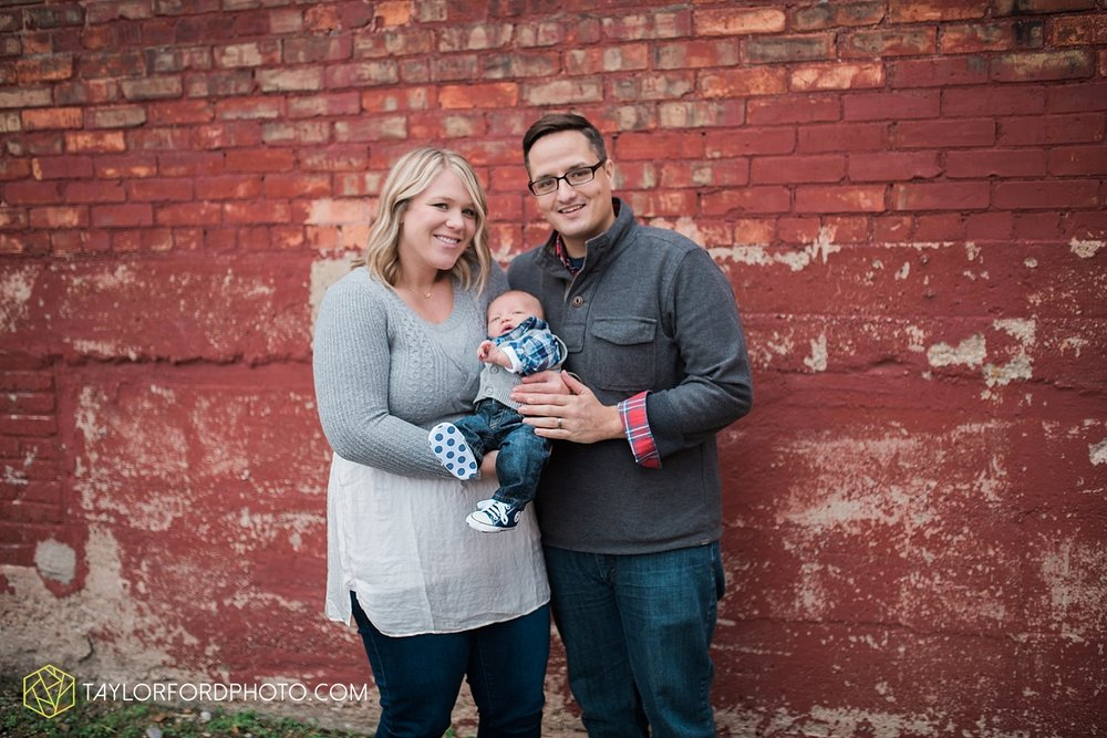 van_wert_ohio_fort_wayne_indiana_family_photographer_taylor_ford_3555.jpg