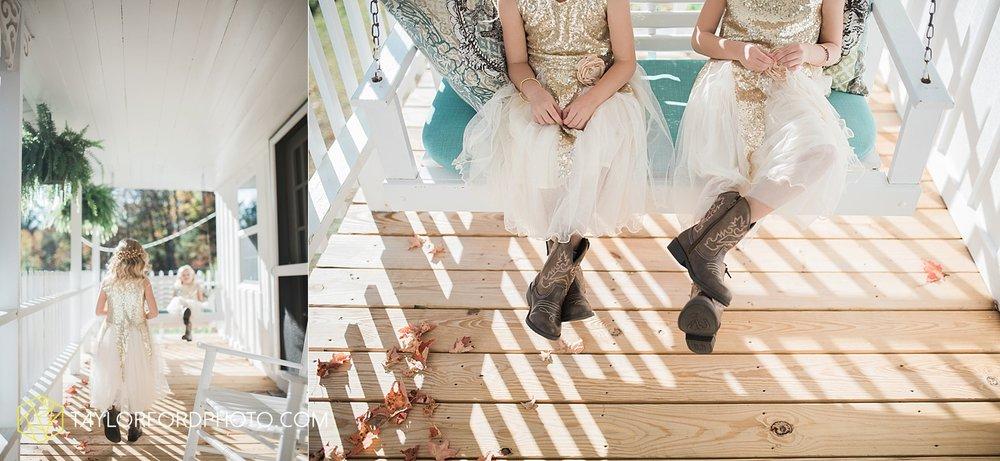 gatlinburg_tennessee_photographer_taylor_ford_weddings_enchanted_valley_barn_3854.jpg