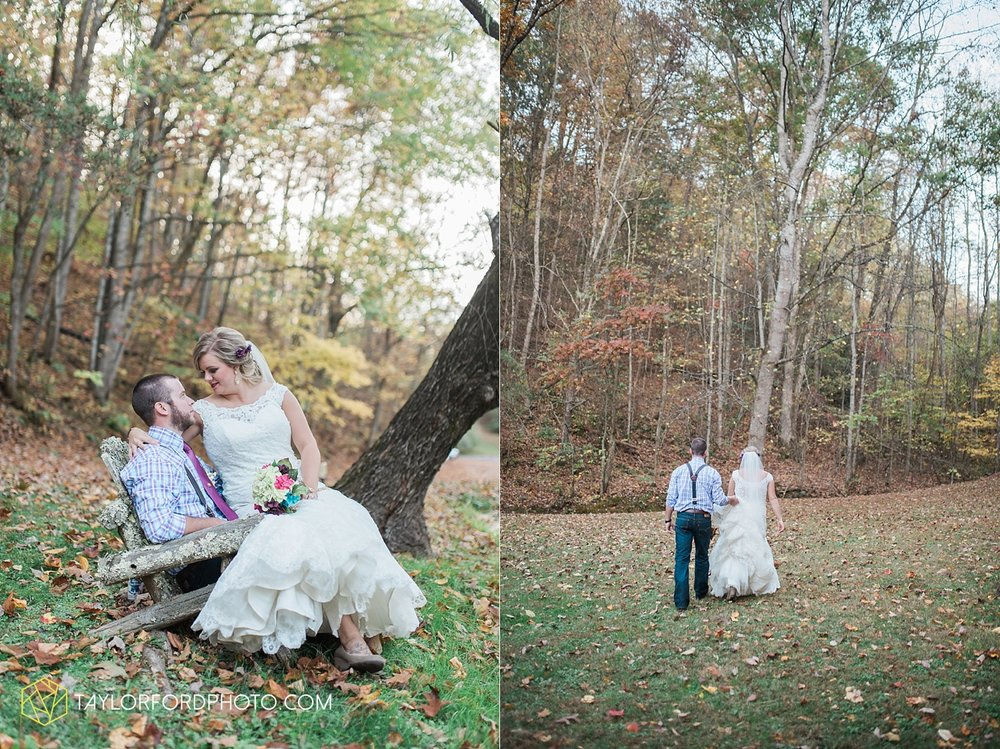 gatlinburg_tennessee_photographer_taylor_ford_weddings_enchanted_valley_barn_3883.jpg