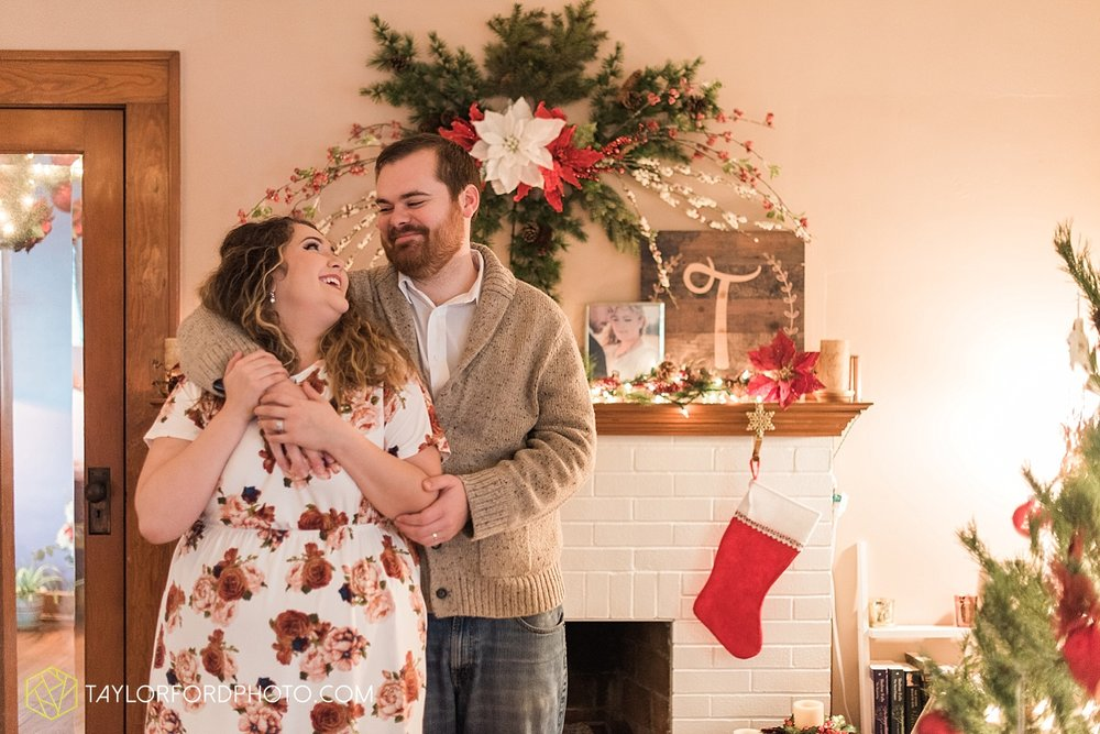 van_wert_ohio_couples_photographer_first_christmas_quincy_and_weston_taylor_ford_0951.jpg