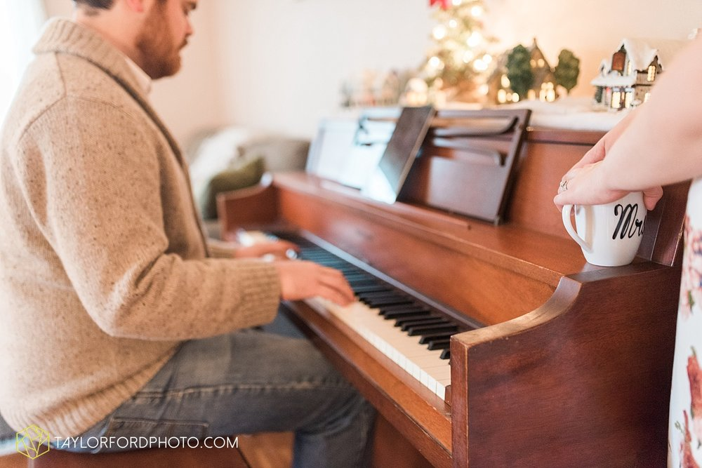 van_wert_ohio_couples_photographer_first_christmas_quincy_and_weston_taylor_ford_0959.jpg