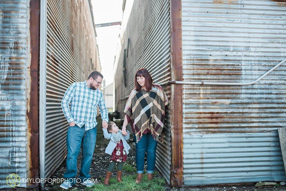 convoy_ohio_family_photographer_taylor_ford_0964.jpg