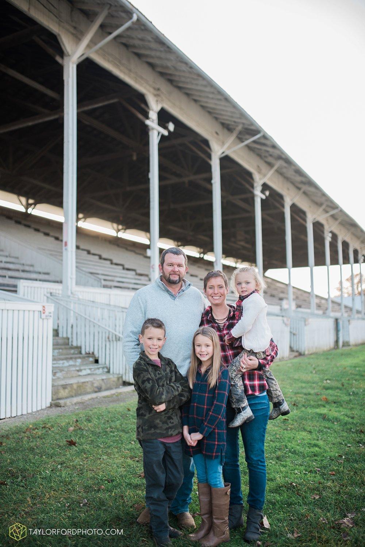van_wert_ohio_photographer_the_baxter_family_county_fairgrounds_taylor_ford_4021.jpg