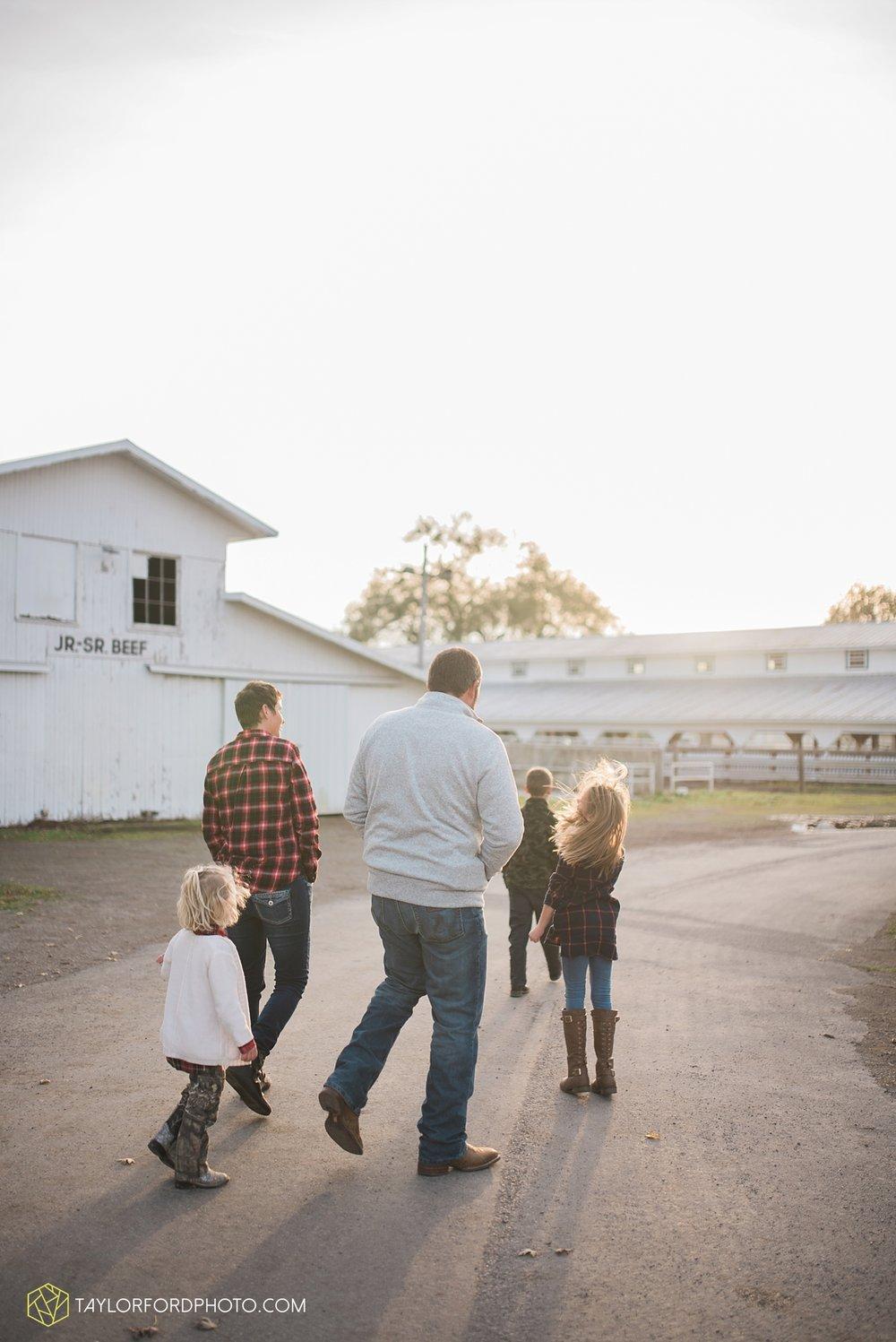 van_wert_ohio_photographer_the_baxter_family_county_fairgrounds_taylor_ford_4029.jpg