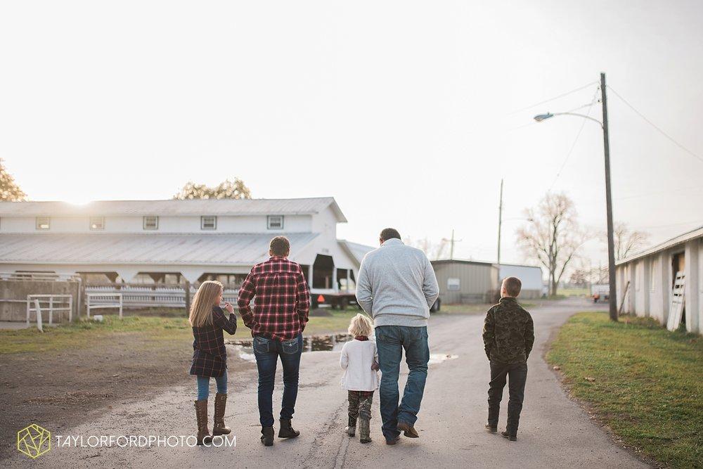 van_wert_ohio_photographer_the_baxter_family_county_fairgrounds_taylor_ford_4030.jpg