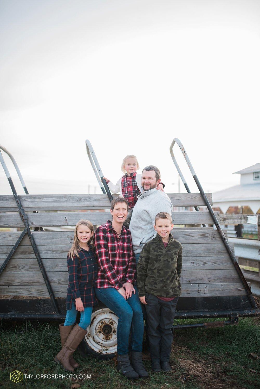 van_wert_ohio_photographer_the_baxter_family_county_fairgrounds_taylor_ford_4038.jpg
