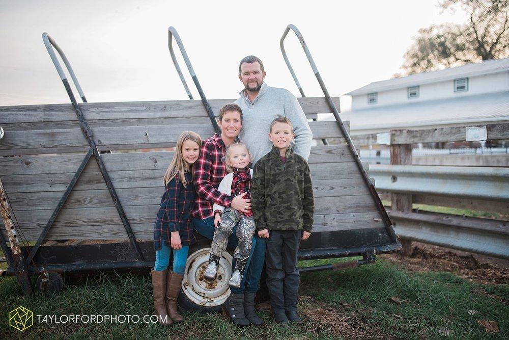 van_wert_ohio_photographer_the_baxter_family_county_fairgrounds_taylor_ford_4039.jpg