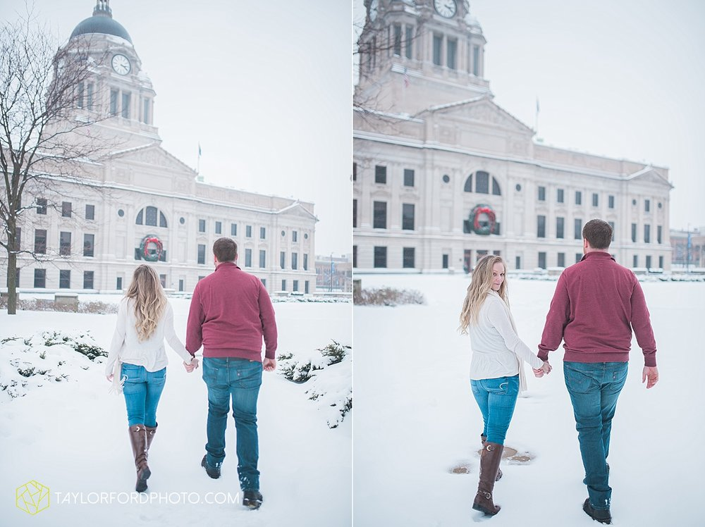 fort_wayne_indiana_engagement_photographer_taylor_ford_downtown_1050.jpg