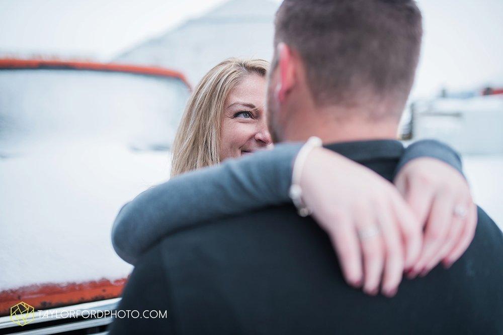 van_wert_ohio_photographer_shawn_and_katelynn_engagement_country_taylor_ford_wedding_photographer_4110.jpg