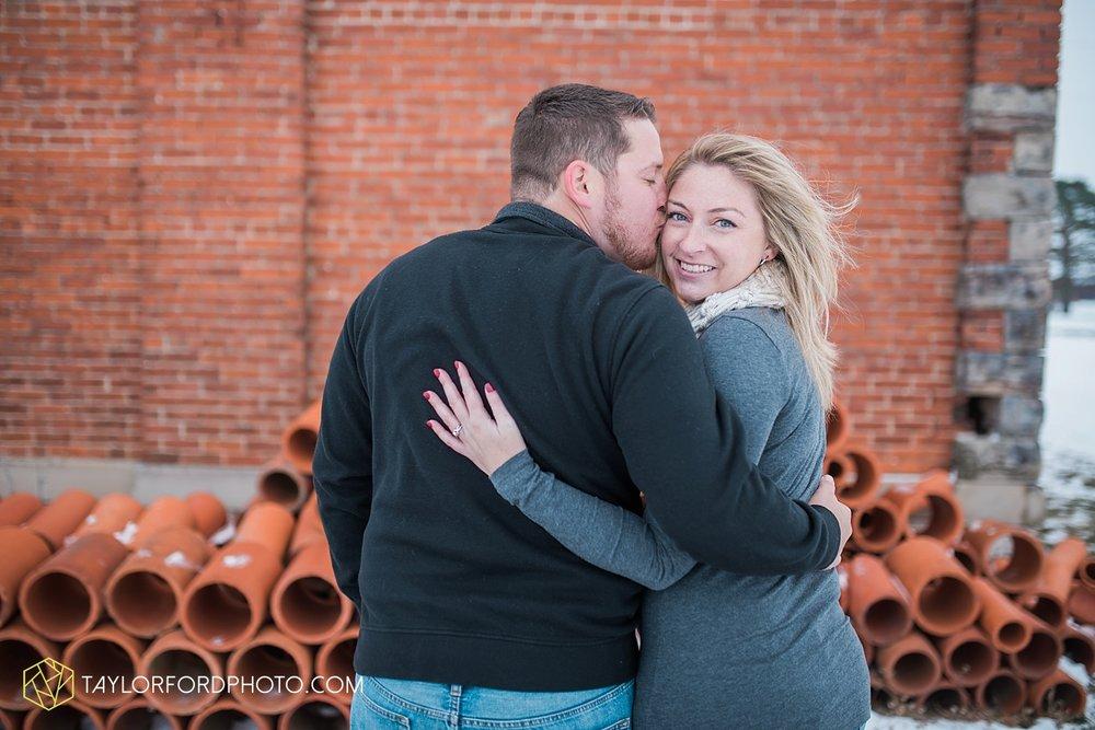 van_wert_ohio_photographer_shawn_and_katelynn_engagement_country_taylor_ford_wedding_photographer_4109.jpg