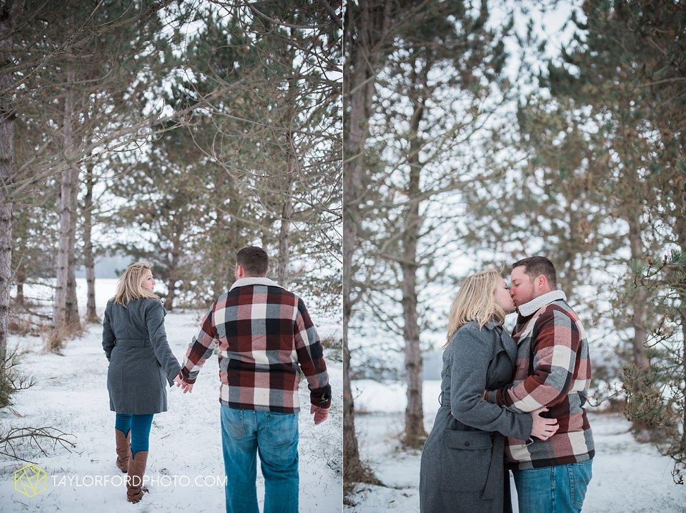 van_wert_ohio_photographer_shawn_and_katelynn_engagement_country_taylor_ford_wedding_photographer_4118.jpg