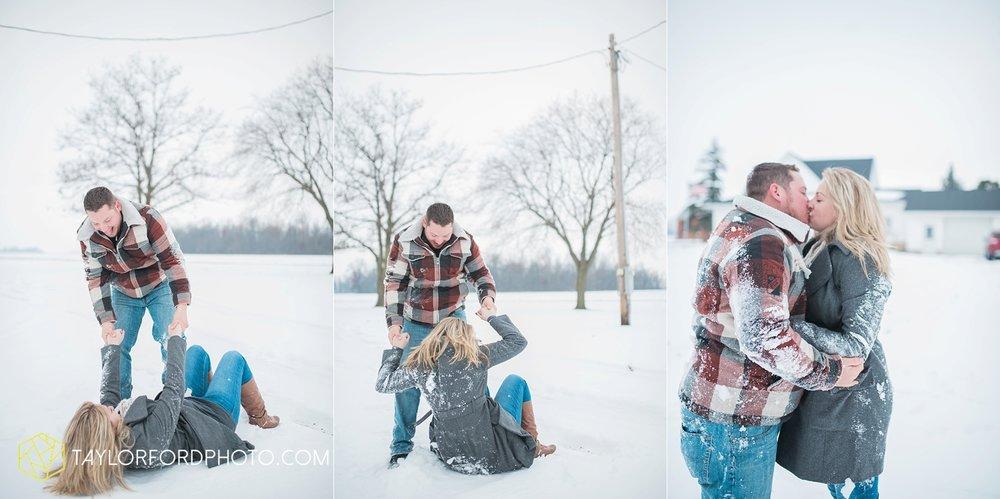 van_wert_ohio_photographer_shawn_and_katelynn_engagement_country_taylor_ford_wedding_photographer_4121.jpg