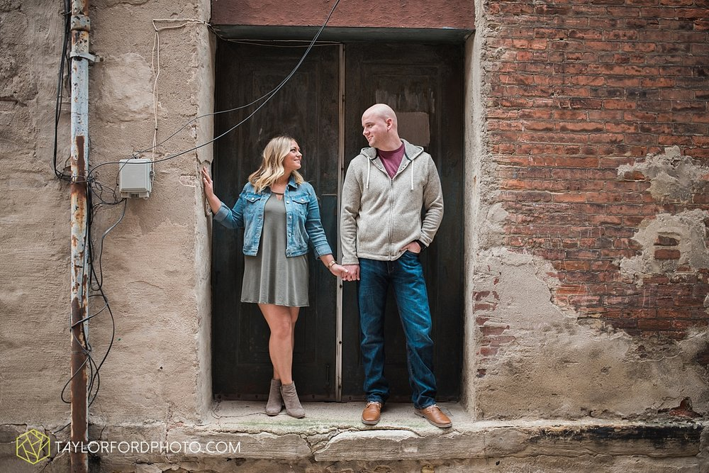 indianapolis_indiana_engagement_wedding_fort_wayne_indiana_taylor_ford_photography_1367.jpg