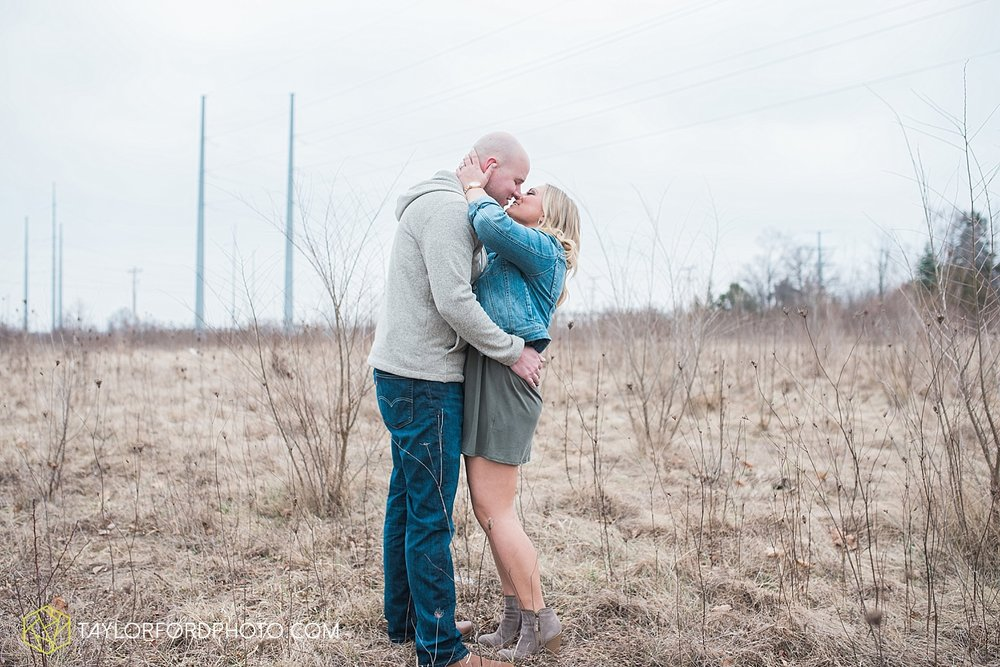 indianapolis_indiana_engagement_wedding_fort_wayne_indiana_taylor_ford_photography_1371.jpg