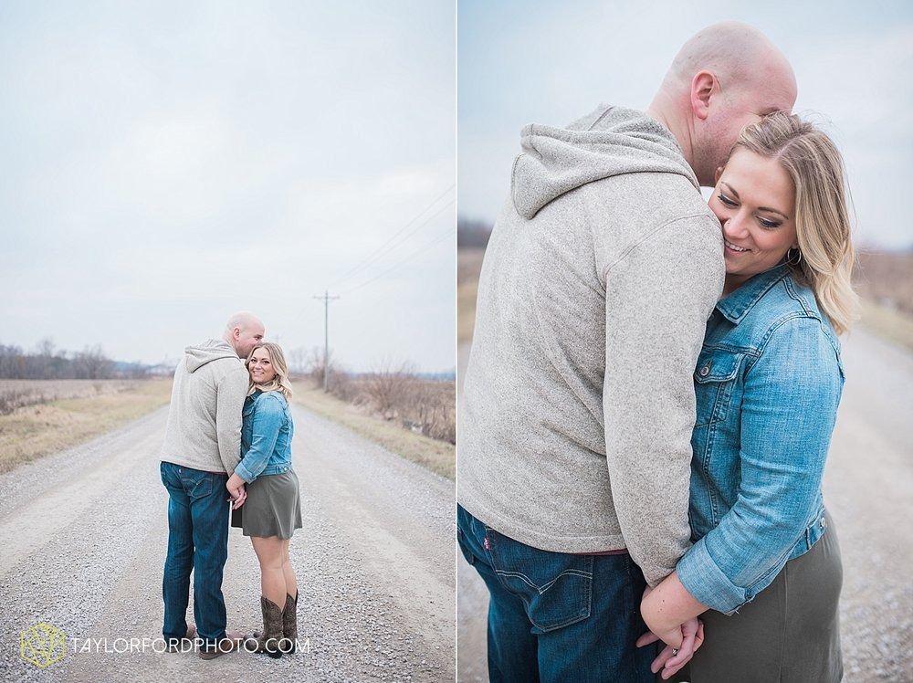 indianapolis_indiana_engagement_wedding_fort_wayne_indiana_taylor_ford_photography_1375.jpg