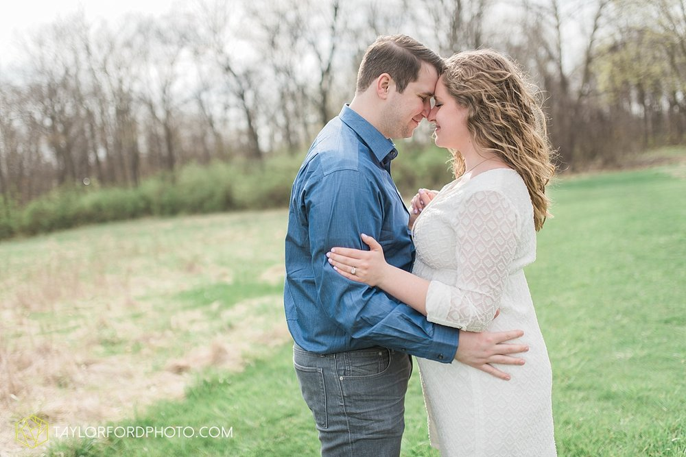 fort-wayne-indiana-maternity-photographer-taylor-ford-photography_1482.jpg