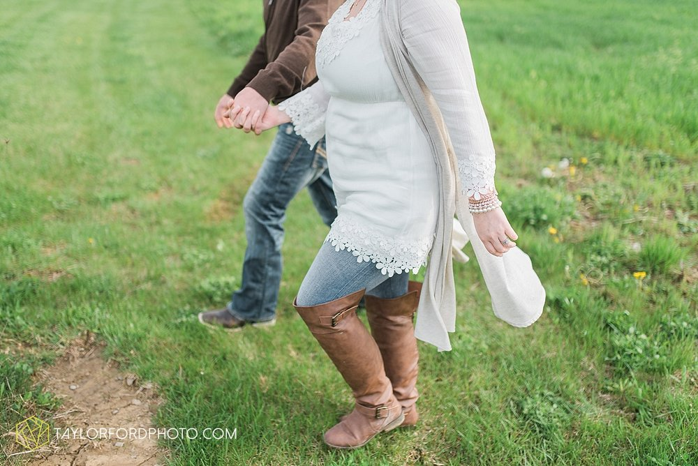 fort-wayne-indiana-engagement-wedding-photographer-taylor-ford-photography_1540.jpg