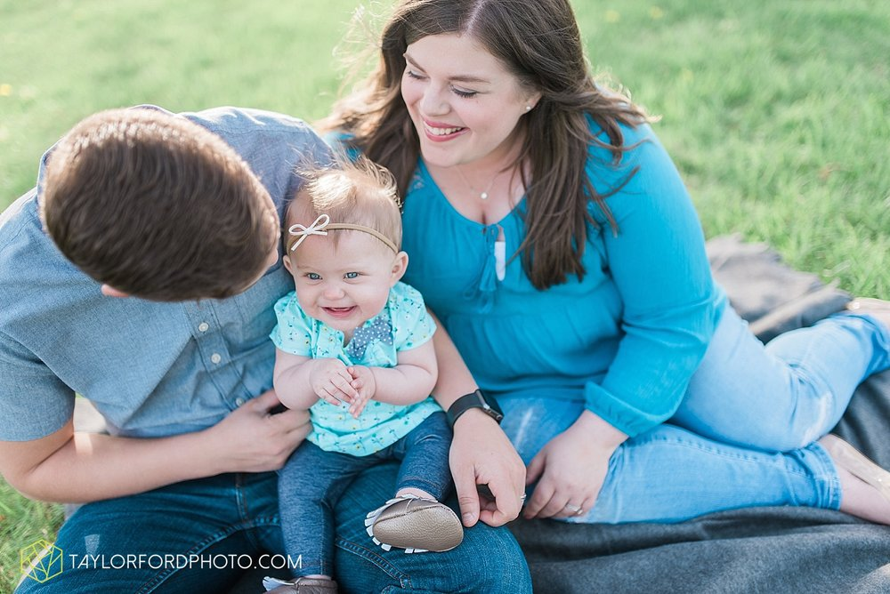 fort-wayne-indiana-family-photographer-taylor-ford-photography-van-wert-lima-ohio-soaff-park_1562.jpg