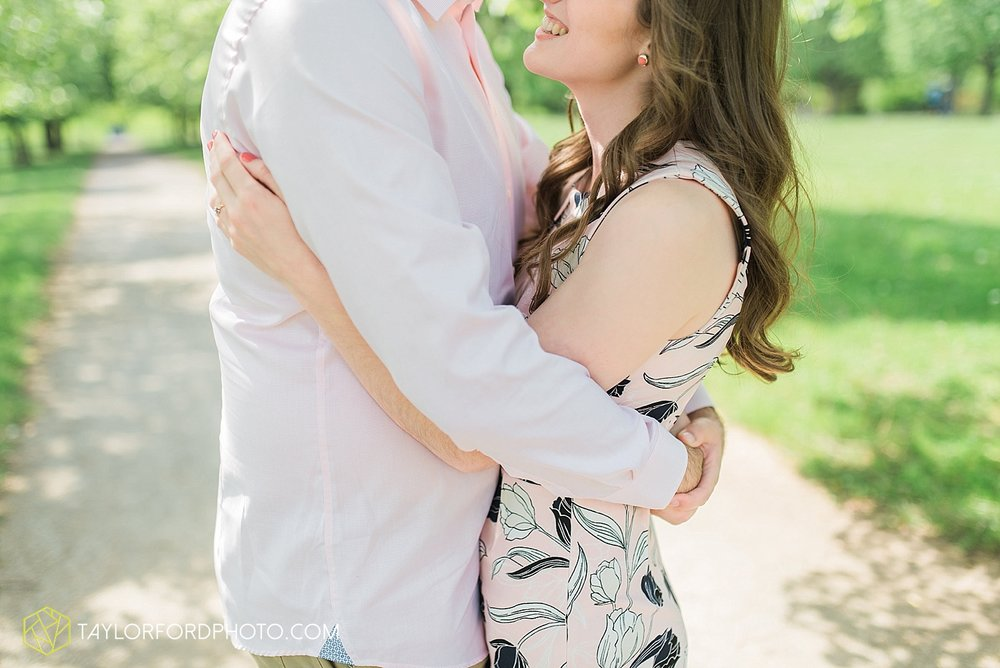toledo-ohio-engagement-wedding-photographer-taylor-ford-photography-oaks-opening-metro-park-botanical-gardens1.jpg