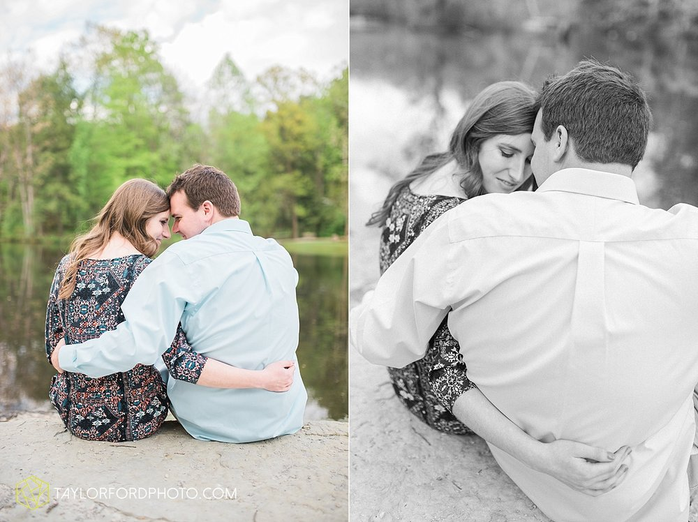 toledo-ohio-engagement-wedding-photographer-taylor-ford-photography-oaks-opening-metro-park-botanical-gardens16.jpg