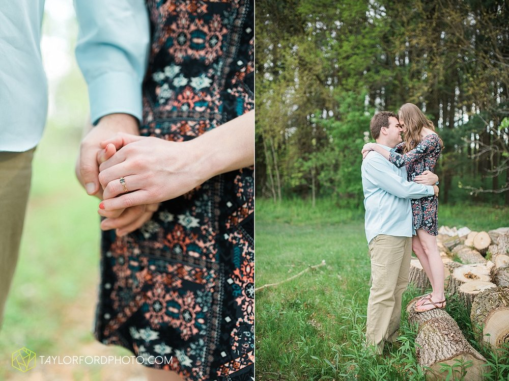 toledo-ohio-engagement-wedding-photographer-taylor-ford-photography-oaks-opening-metro-park-botanical-gardens22.jpg