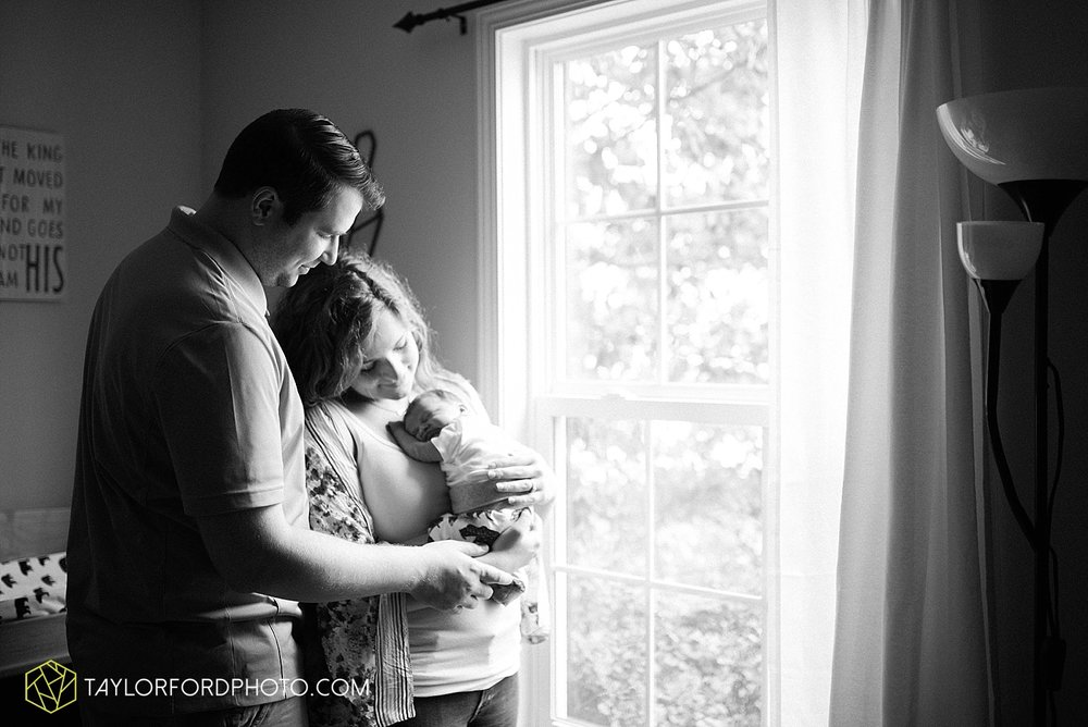 indiana-fort-wayne-van-wert-ohio-newborn-photographer-taylor-ford-photography_1964.jpg