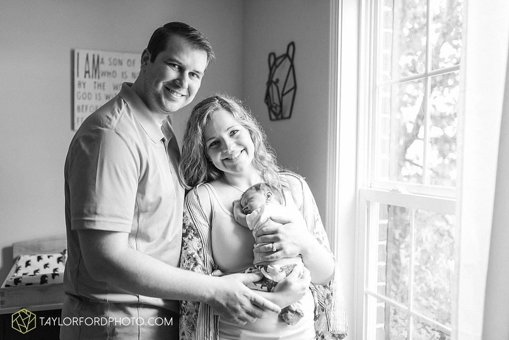 indiana-fort-wayne-van-wert-ohio-newborn-photographer-taylor-ford-photography_1965.jpg