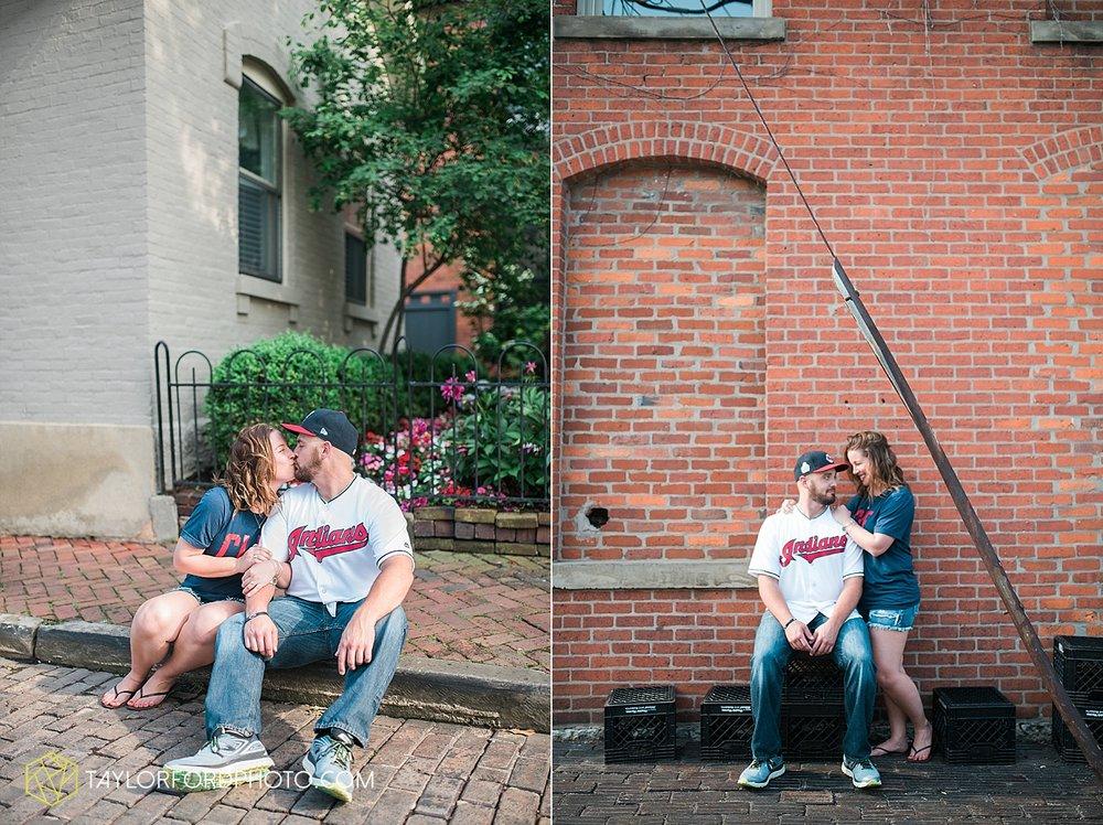 columbus-ohio-wedding-engagement-photographer-taylor-ford-photography_2002.jpg