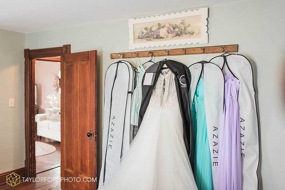 columbus-grove-black-bird-farm-wedding-photographer-taylor-ford-photography_2095.jpg