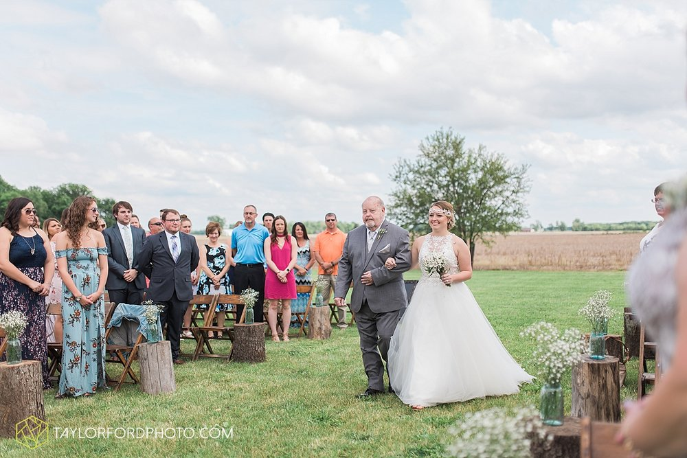 columbus-grove-black-bird-farm-wedding-photographer-taylor-ford-photography_2139.jpg