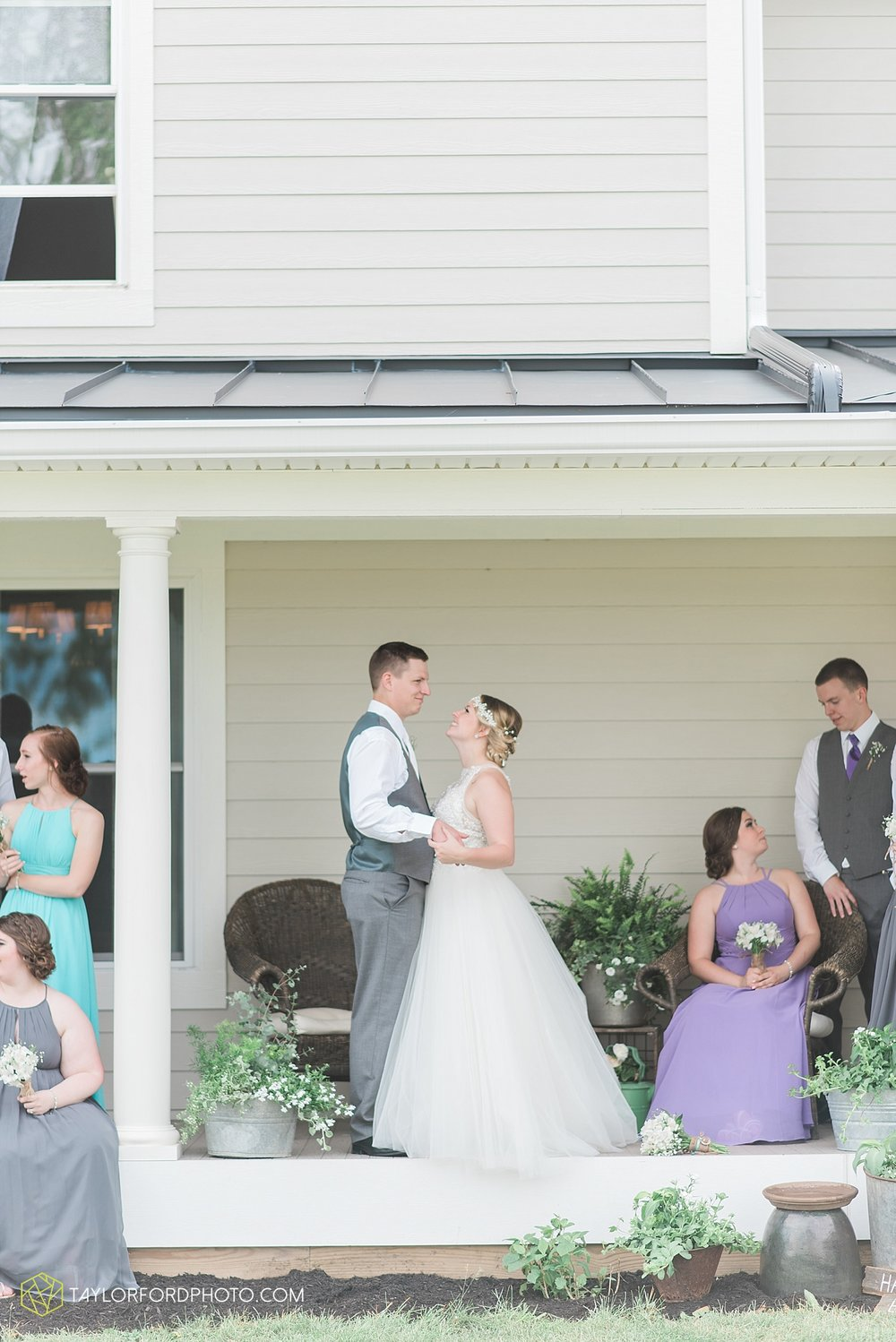 columbus-grove-black-bird-farm-wedding-photographer-taylor-ford-photography_2152.jpg