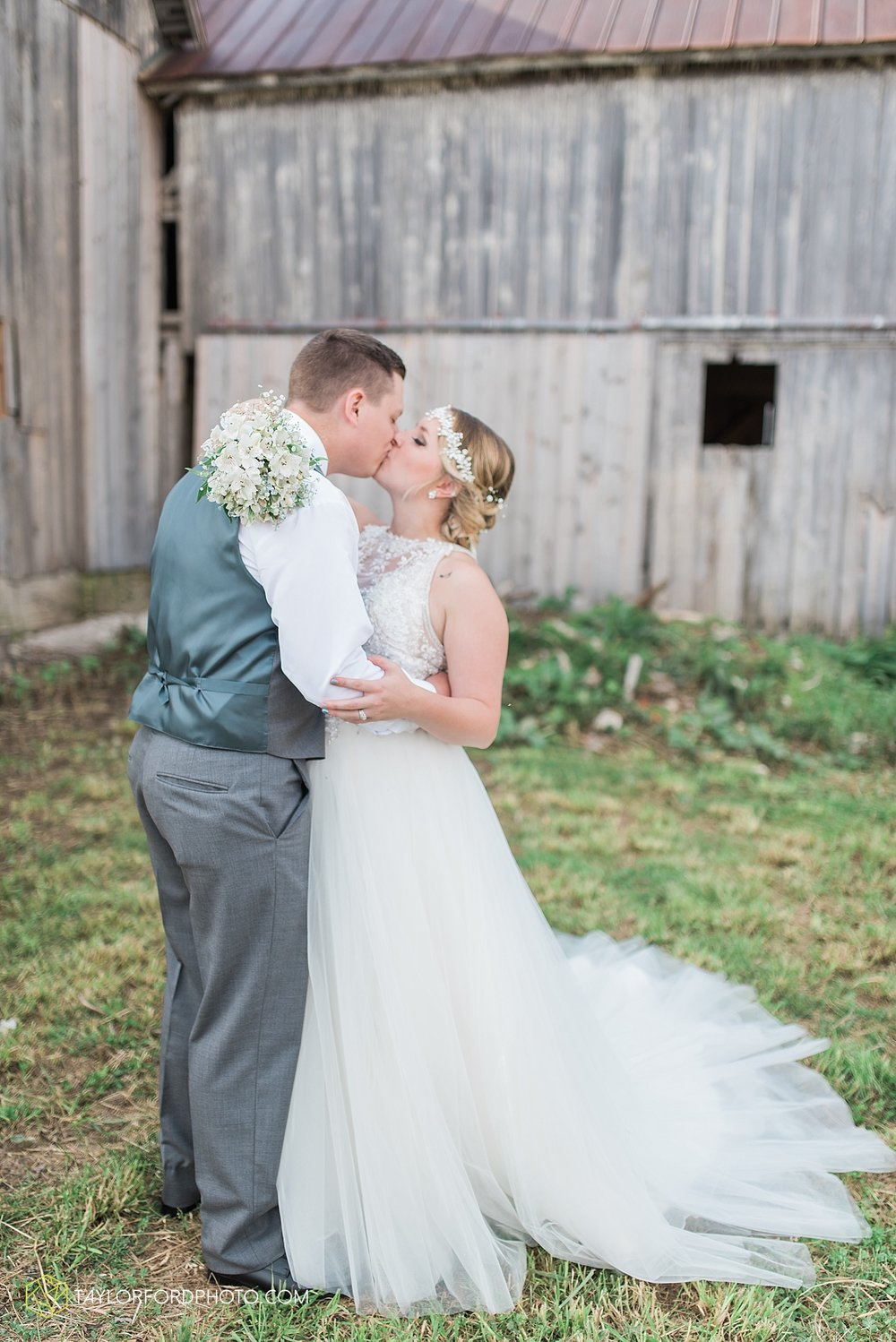 columbus-grove-black-bird-farm-wedding-photographer-taylor-ford-photography_2163.jpg