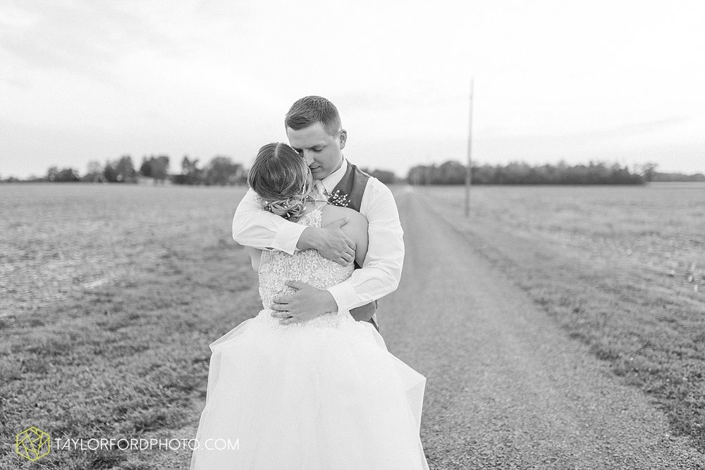 columbus-grove-black-bird-farm-wedding-photographer-taylor-ford-photography_2180.jpg