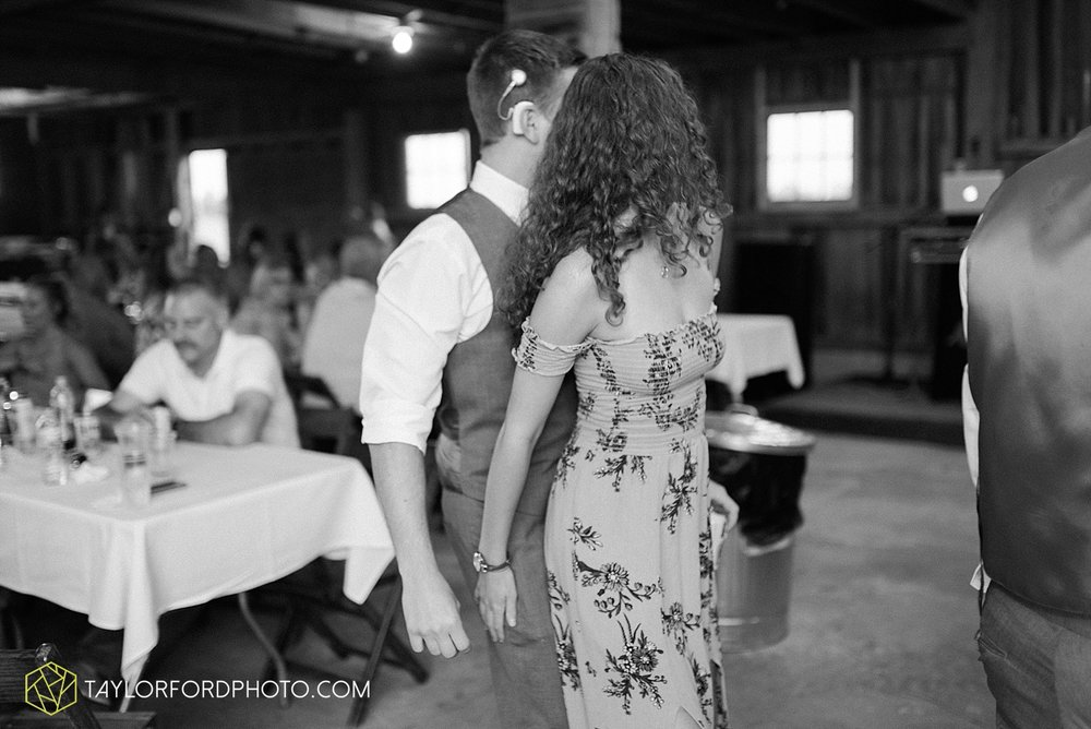 columbus-grove-black-bird-farm-wedding-photographer-taylor-ford-photography_2189.jpg