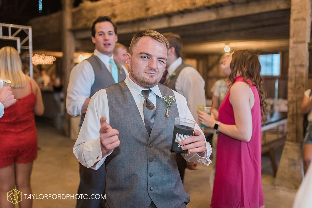 columbus-grove-black-bird-farm-wedding-photographer-taylor-ford-photography_2190.jpg