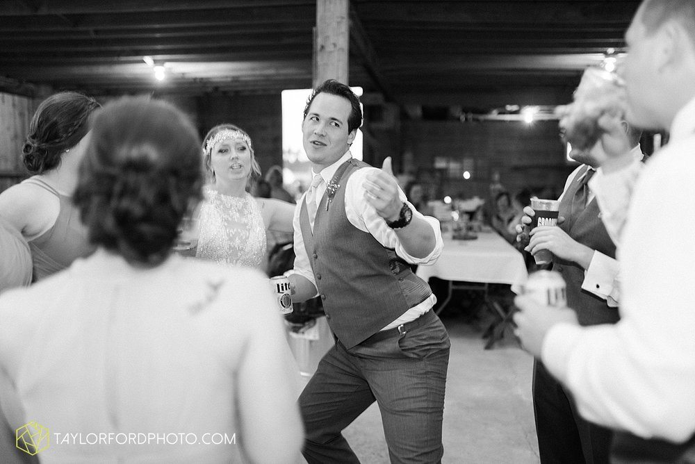 columbus-grove-black-bird-farm-wedding-photographer-taylor-ford-photography_2193.jpg